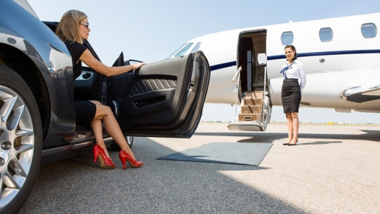 20150825170638-wealthy-woman-business-jet